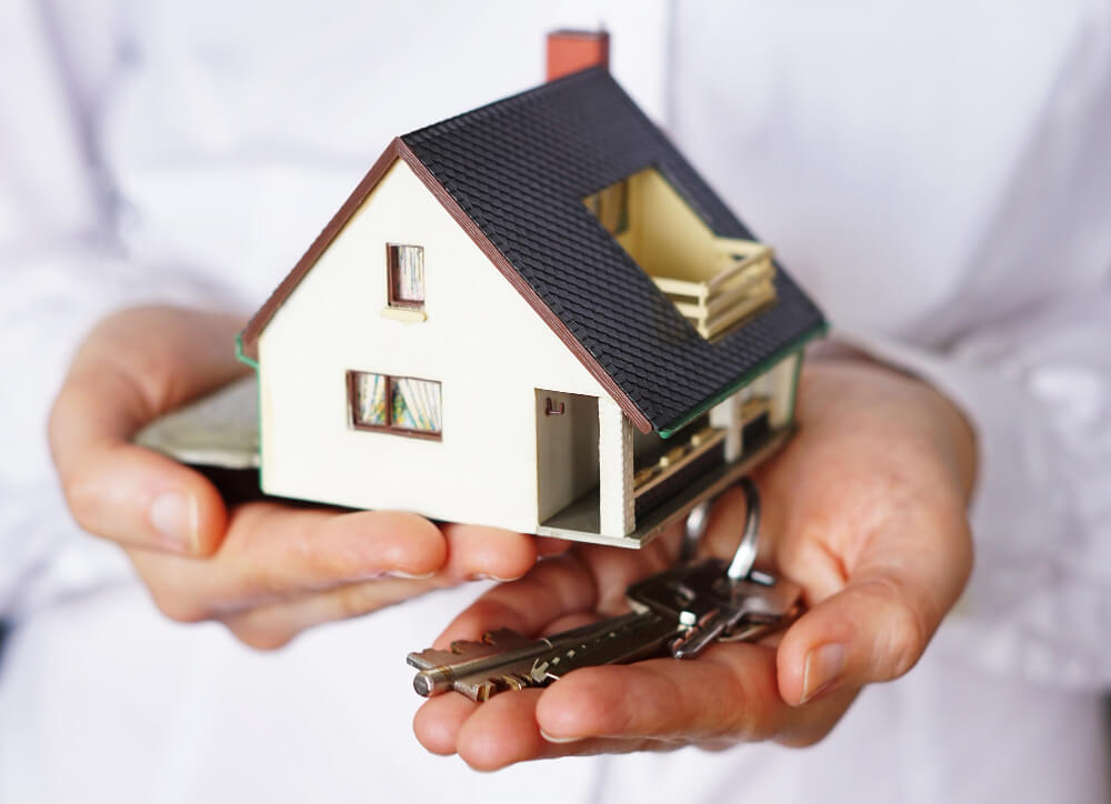 Comprar a buen precio casas en Málaga